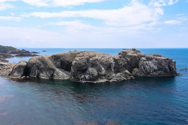 日御碕の経島